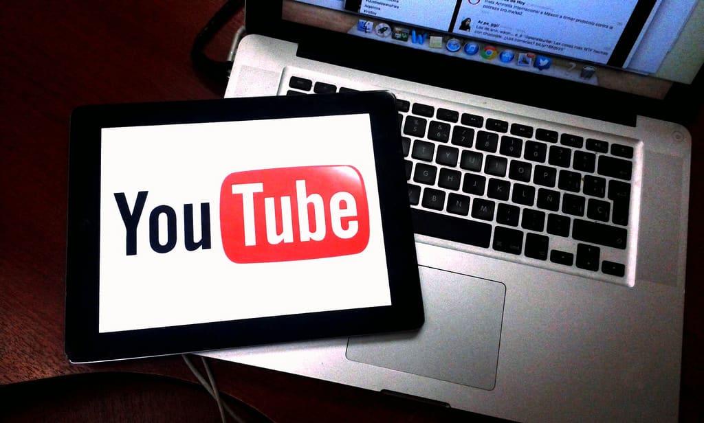Cách tạo màn hình kết thúc cho video Youtube