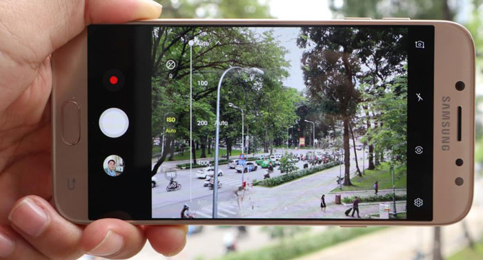 Đánh giá Samsung Galaxy J7 Pro: Về Camera - Ảnh 1
