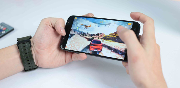 Đánh giá Samsung Galaxy J7 Pro: Về hiệu năng